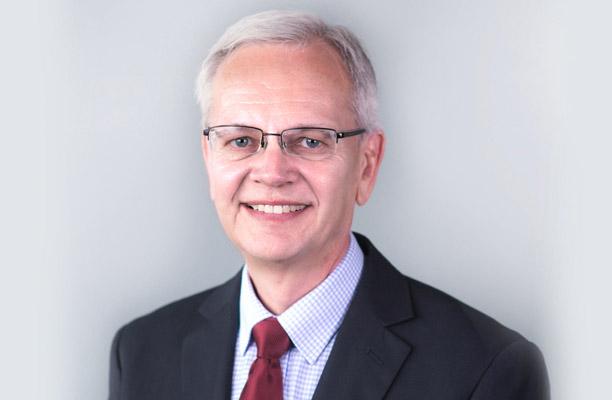 Dr  Ronald P  Hoogmoed of East Paris Medicine Associates, P C